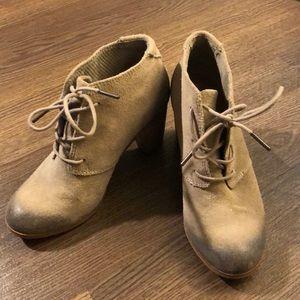 TOMS Lunata Suede Block Heel Booties 6.5